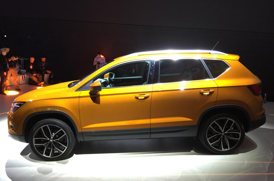 2016 Seat Ateca SUV side