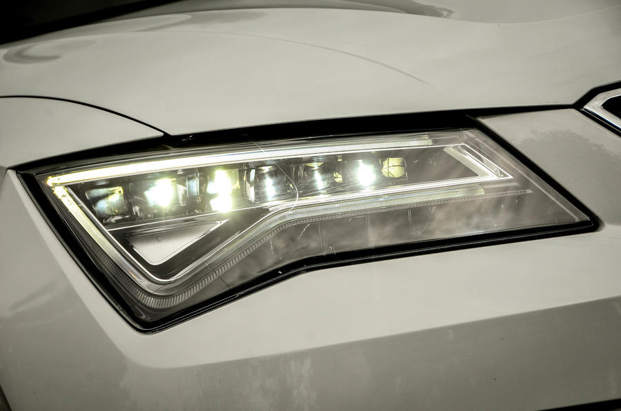 Seat Ateca LED headlights