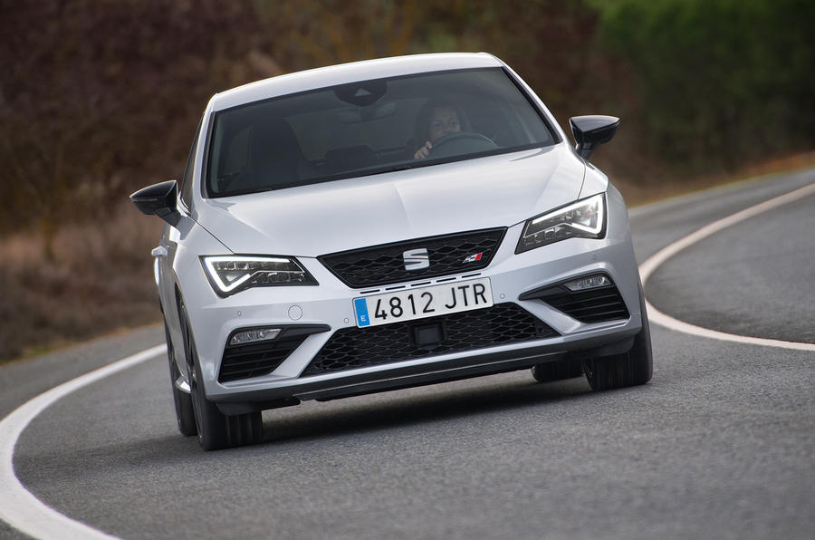 Seat Leon Cupra 300 front view