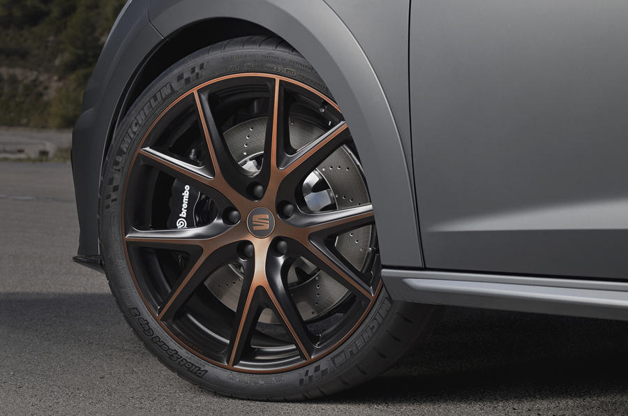 Seat Leon Cupra R alloy wheels