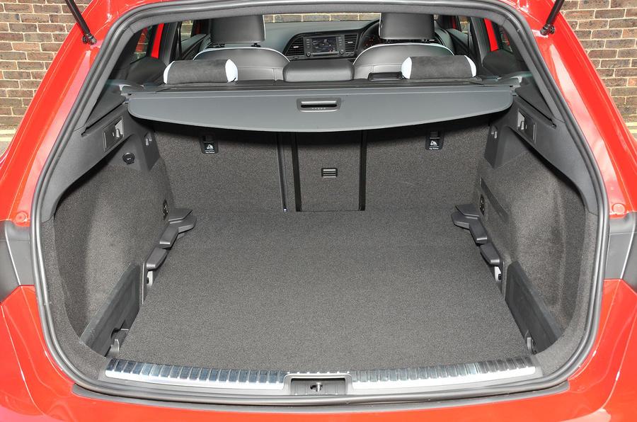 seat leon st cupra 280 2015 uk review autocar. Black Bedroom Furniture Sets. Home Design Ideas