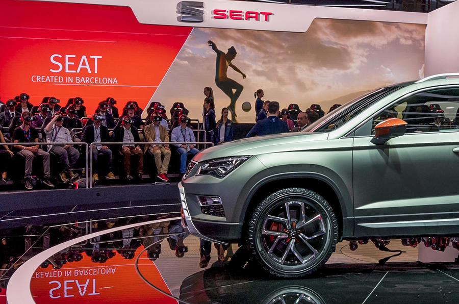SEAT's Paris Motor Show stand featured a new Ateca concept and innovative tech