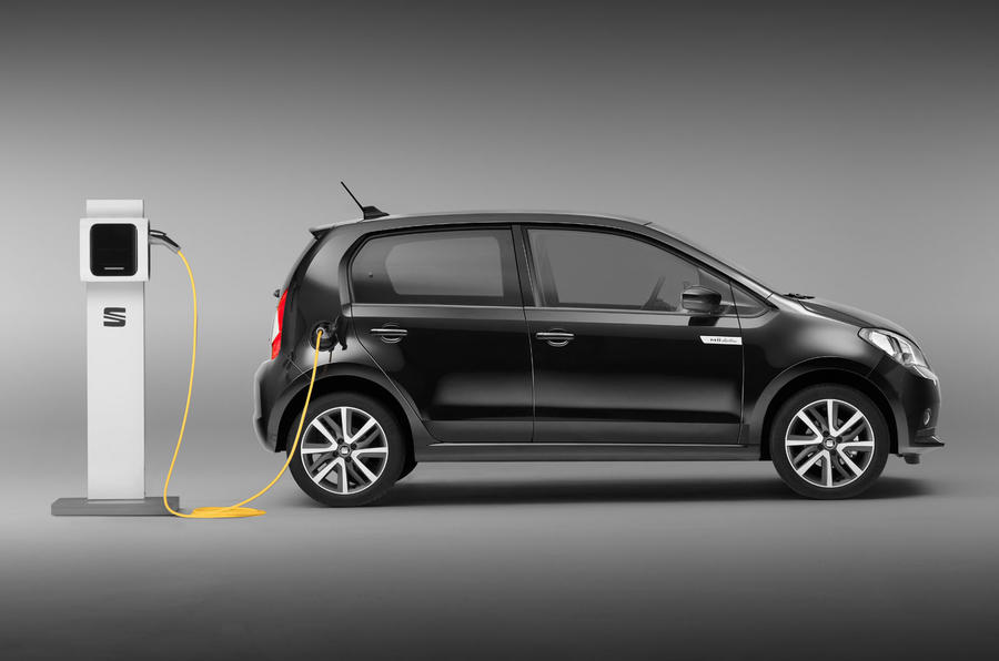 2020 Seat Mii electric press shots - charging
