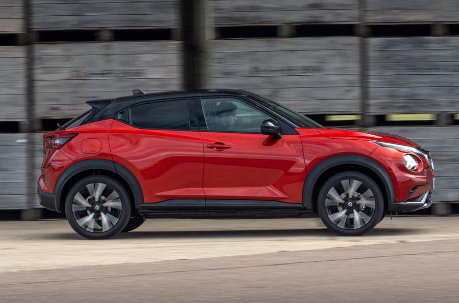 2020 Nissan Juke reveal - driving side