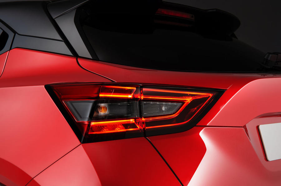 2020 Nissan Juke reveal - brakelight detail