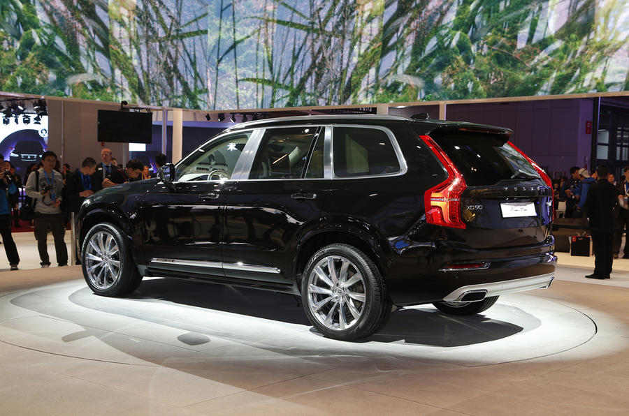 2015 volvo xc90 t8 emissions revealed plus prices and specs autocar. Black Bedroom Furniture Sets. Home Design Ideas