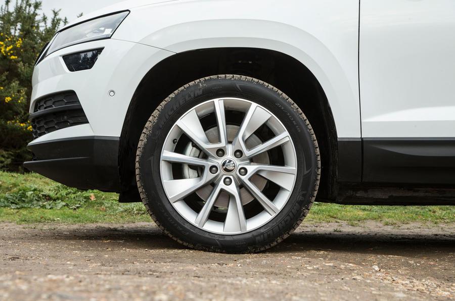 Skoda Karoq 1.5 TSI alloy wheels