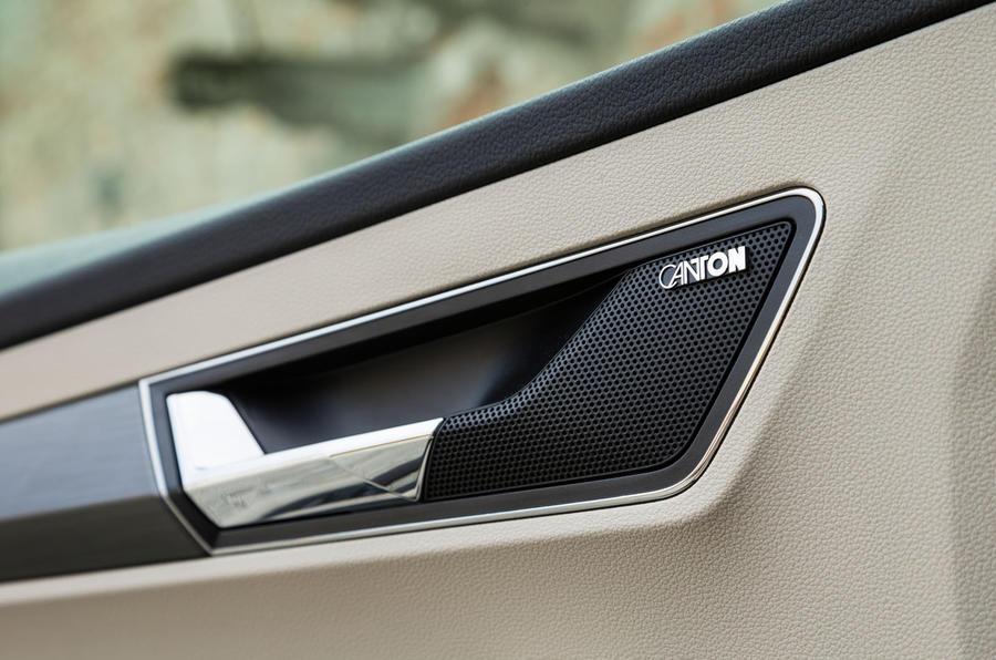 Skoda Karoq Canton stereo system