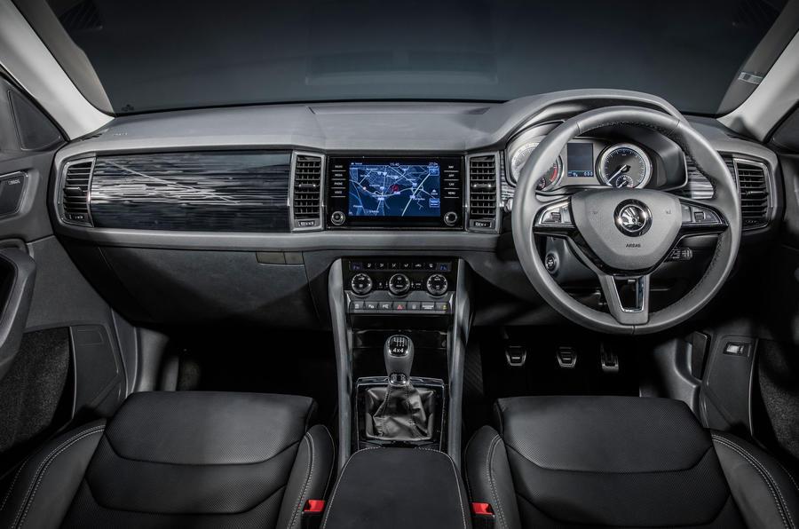 2017 skoda kodiaq makes public debut in paris autocar for Interior skoda kodiaq