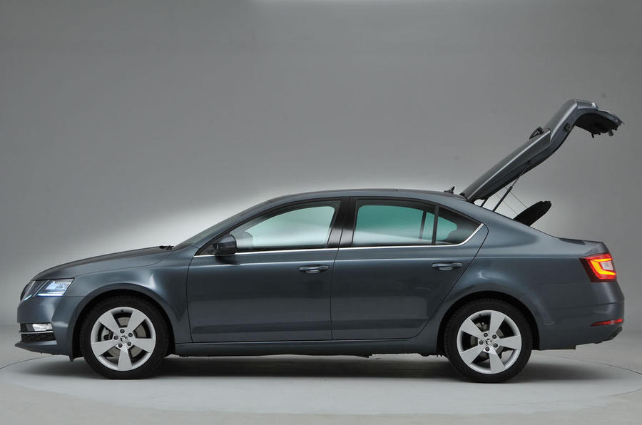 Skoda Octavia Boot Side