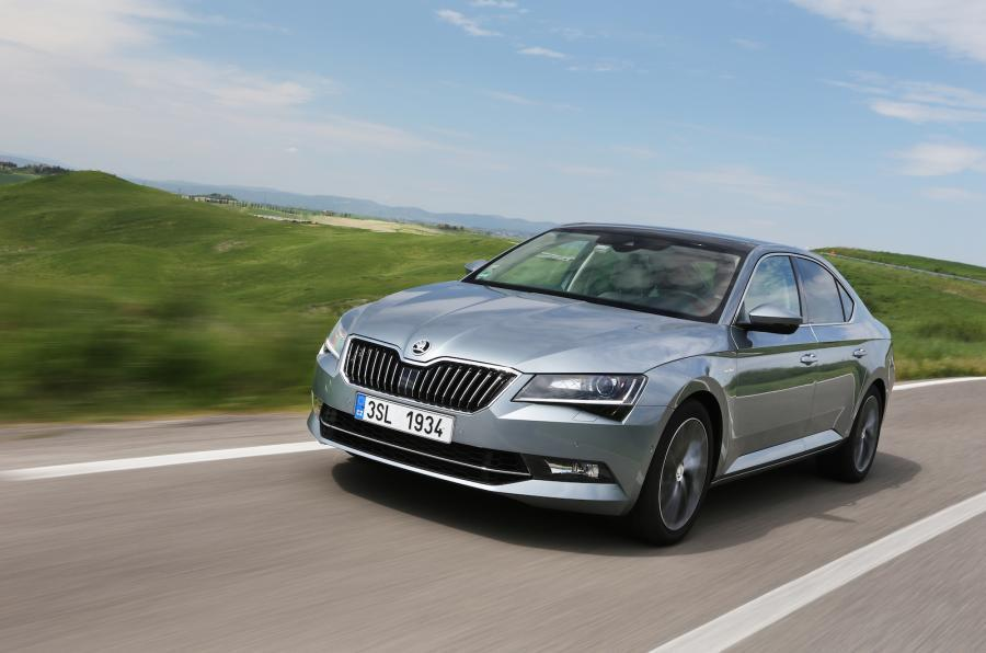 Plug-in hybrid Skoda Superb GTE due in 2019