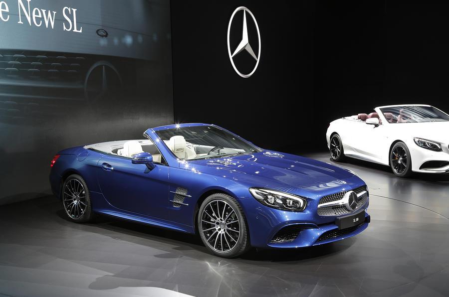 fe8b8c9f2e 2016 Mercedes-Benz SL facelift revealed