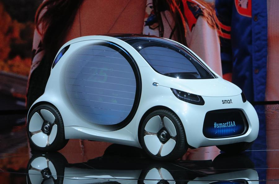 Smart vision eq makes public debut as 39 electric city car for Electric motors of iowa city