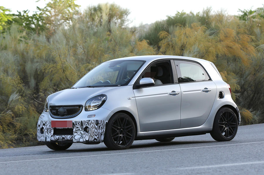 2015 smart forfour brabus spotted latest pictures autocar. Black Bedroom Furniture Sets. Home Design Ideas