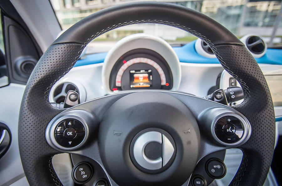 Smart Fortwo instrument cluster