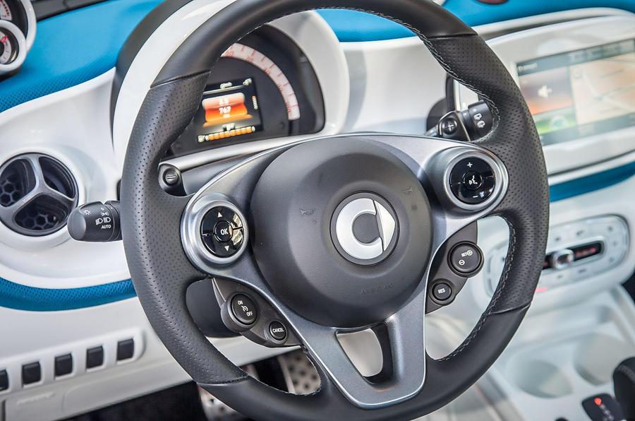 Smart Fortwo steering wheel