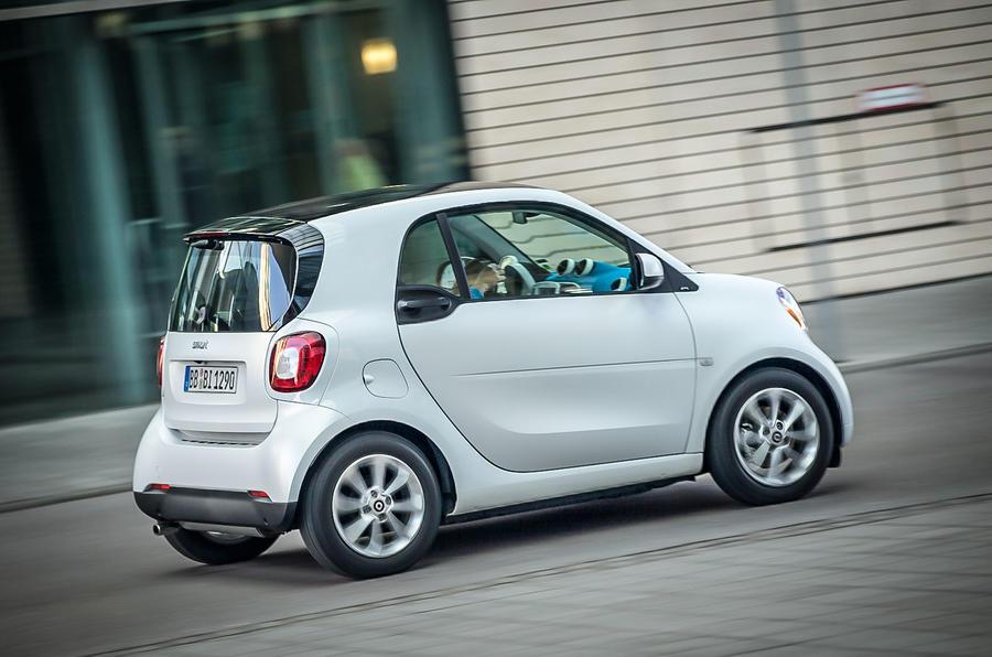 Smart Fortwo rear cornering