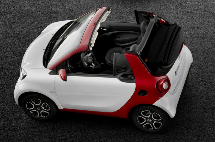 smart fortwo cabrio brabus set for geneva motor show debut. Black Bedroom Furniture Sets. Home Design Ideas