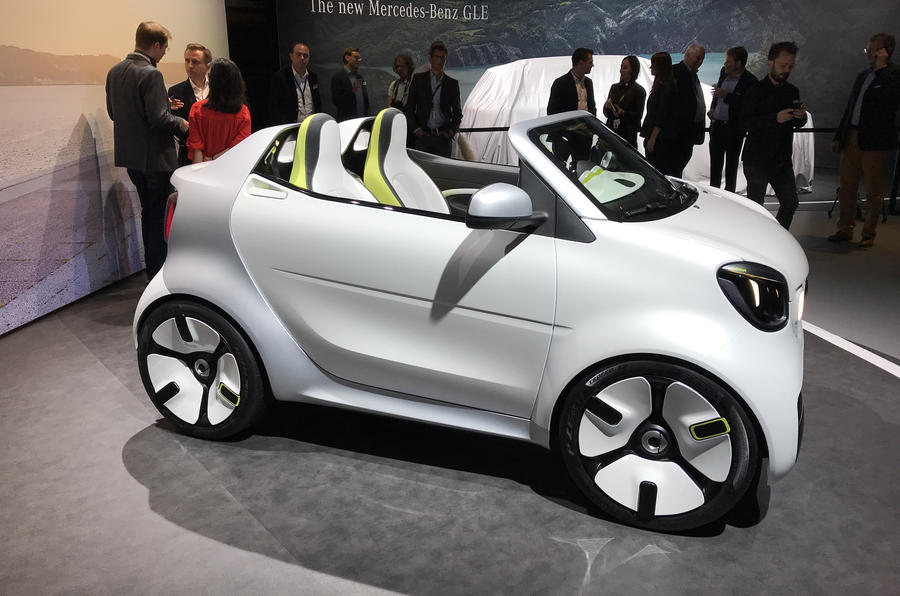Smart ForEase concept motor show debut Paris 2018