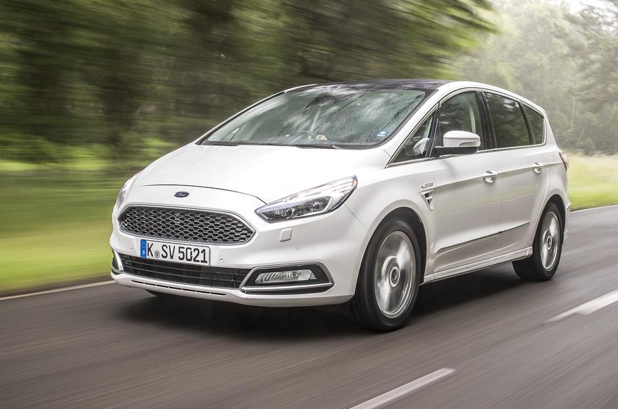 £33,395 Ford S-Max Vignale