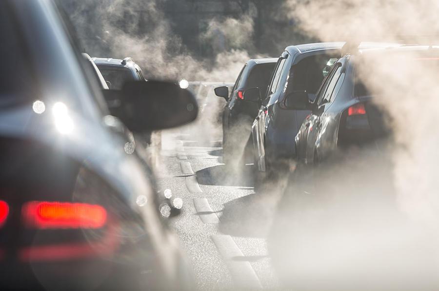 Smog in traffic