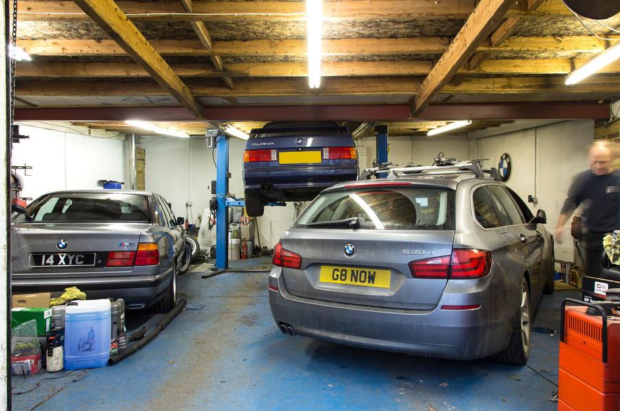 Specialist garages