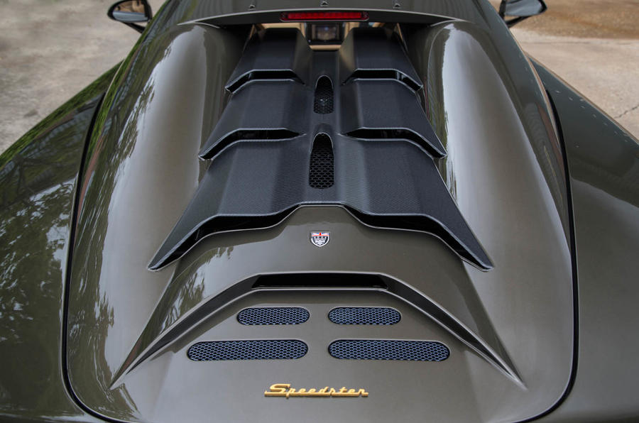 Noble M600 Speedster engine vents