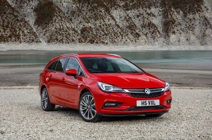 4 star Vauxhall Astra Sports Tourer