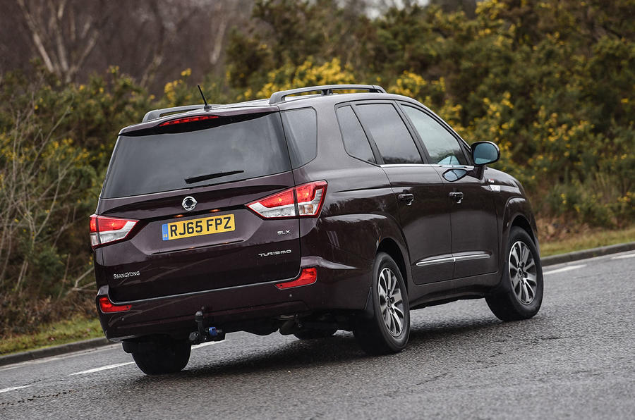 Ssangyong Turismo rear cornering