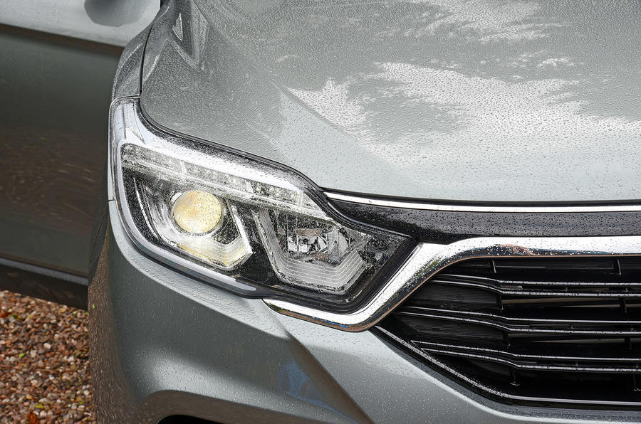 Ssangyong Rexton longterm review headlights