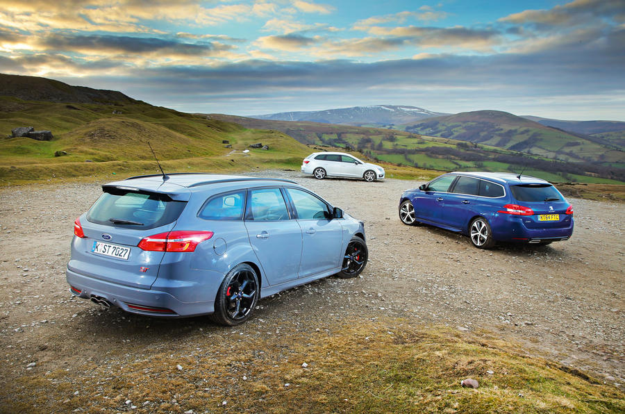Ford Focus St Estate Vs Peugeot 308 Sw And Seat Leon