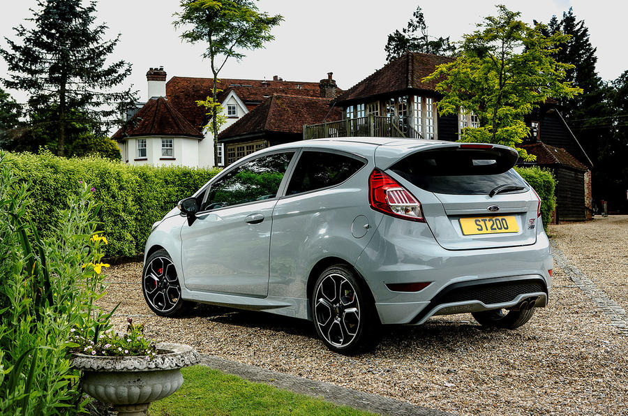 2016 ford fiesta st200 uk review review autocar. Black Bedroom Furniture Sets. Home Design Ideas