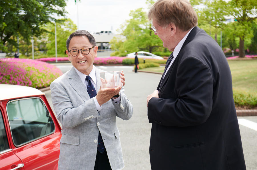 Akio Toyoda receives 2018 Issigonis trophy from Steve Cropley
