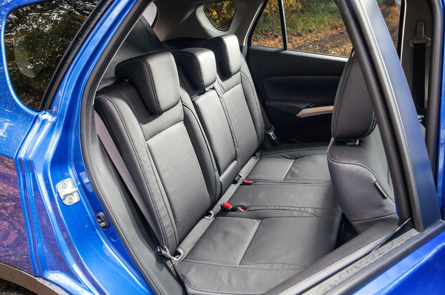 Suzuki SX4 S-Cross rear seats