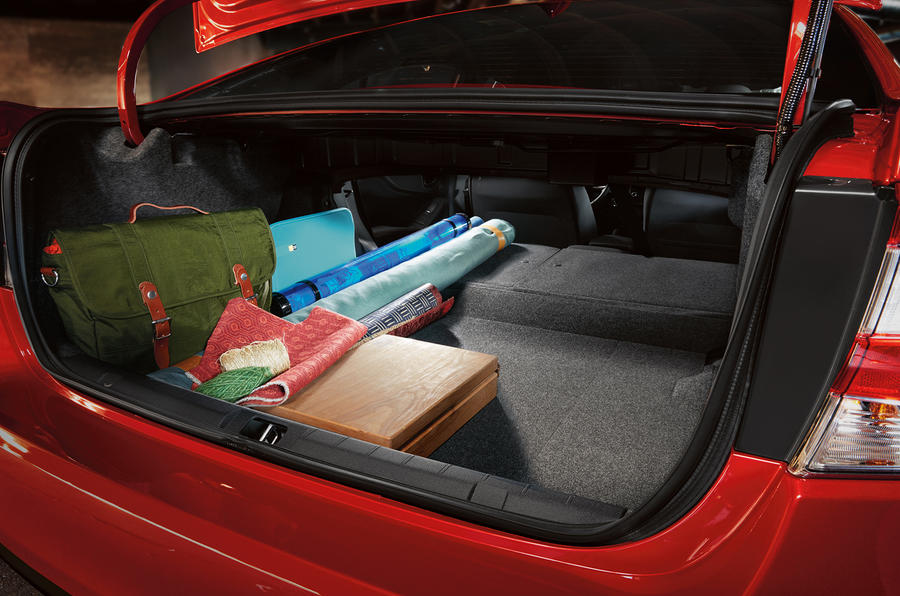 Subaru Impreza saloon