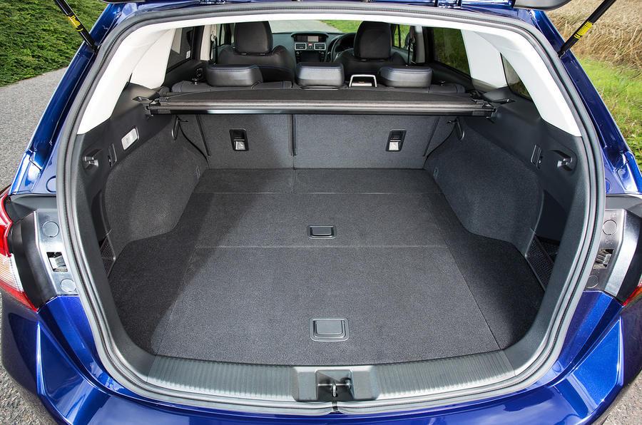 Subaru Levorg boot space