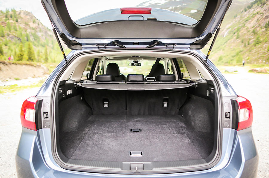 Subaru Levorg boot space