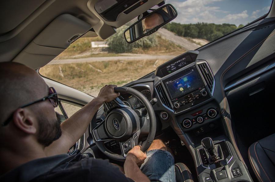Subaru XV axle articulation