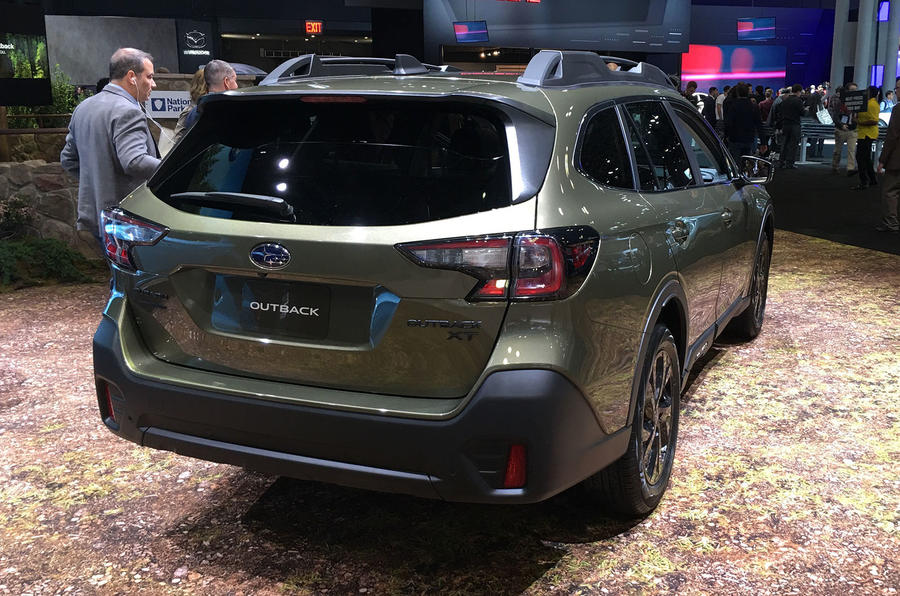 Subaru Outback 2019 New York Motor Show reveal - rear