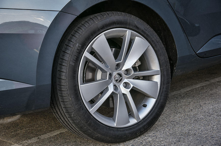 17in Skoda Superb alloy wheels