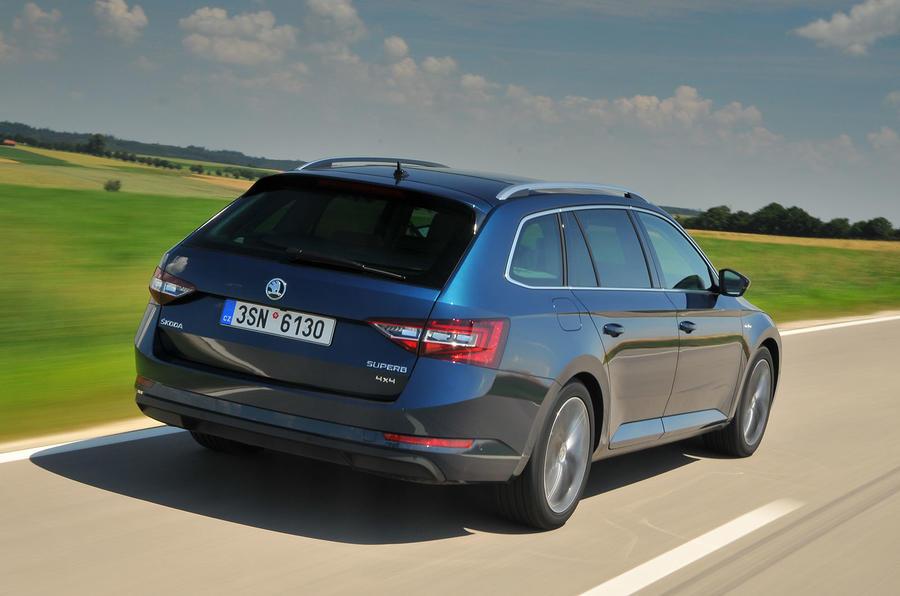 2015 Skoda Superb Estate 2 0 Tdi 190 4x4 Dsg Review Review