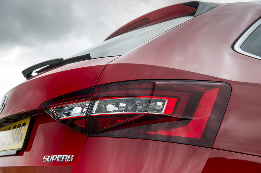 Skoda Superb Estate rear lights