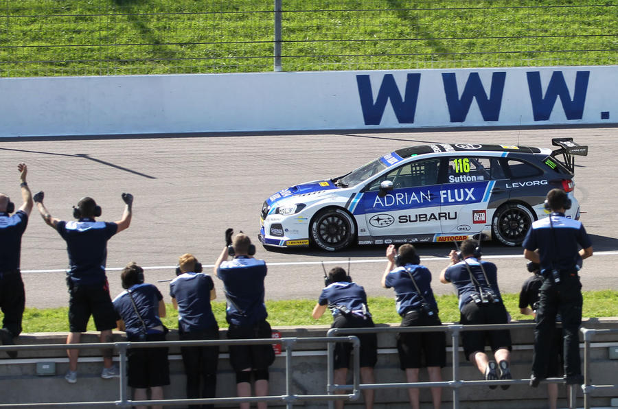 Sutton BTCC Rockingham