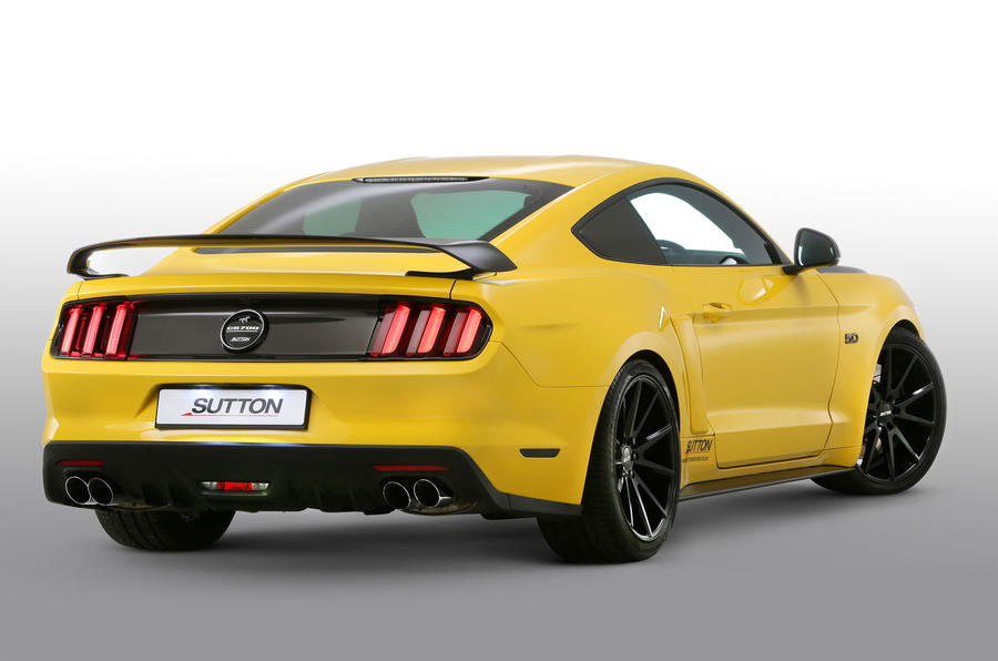 ford mustang v8 gets 700bhp with clive sutton tuning pack. Black Bedroom Furniture Sets. Home Design Ideas