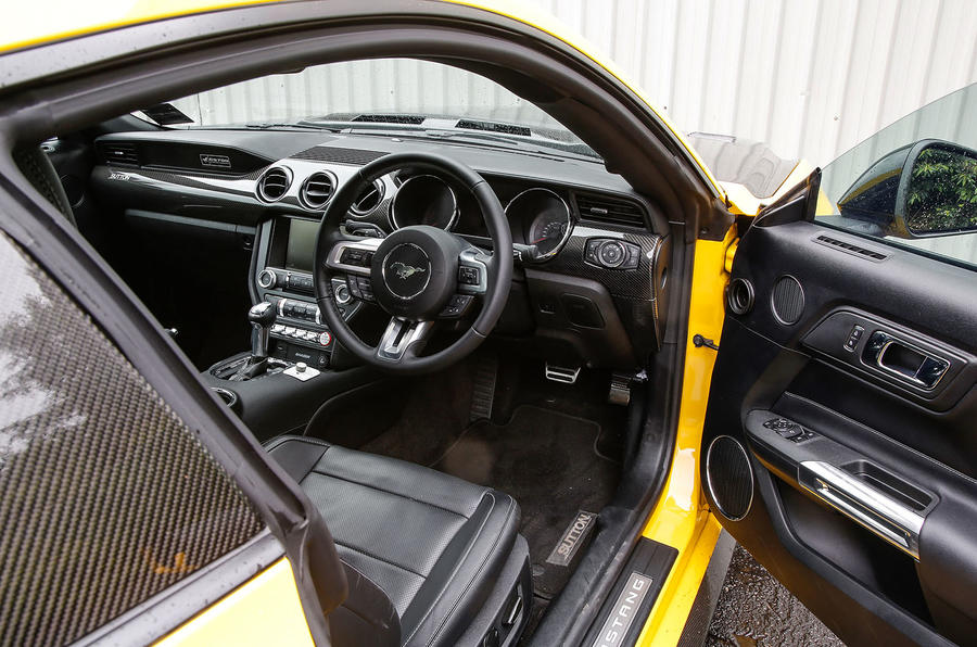 Ford Mustang Sutton CS700 interior
