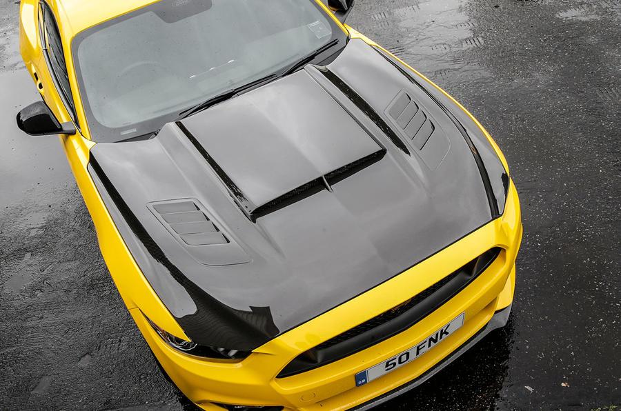 Ford Mustang Sutton CS700 bonnet