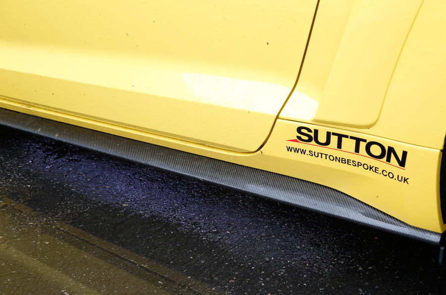 Ford Mustang Sutton CS700 decals