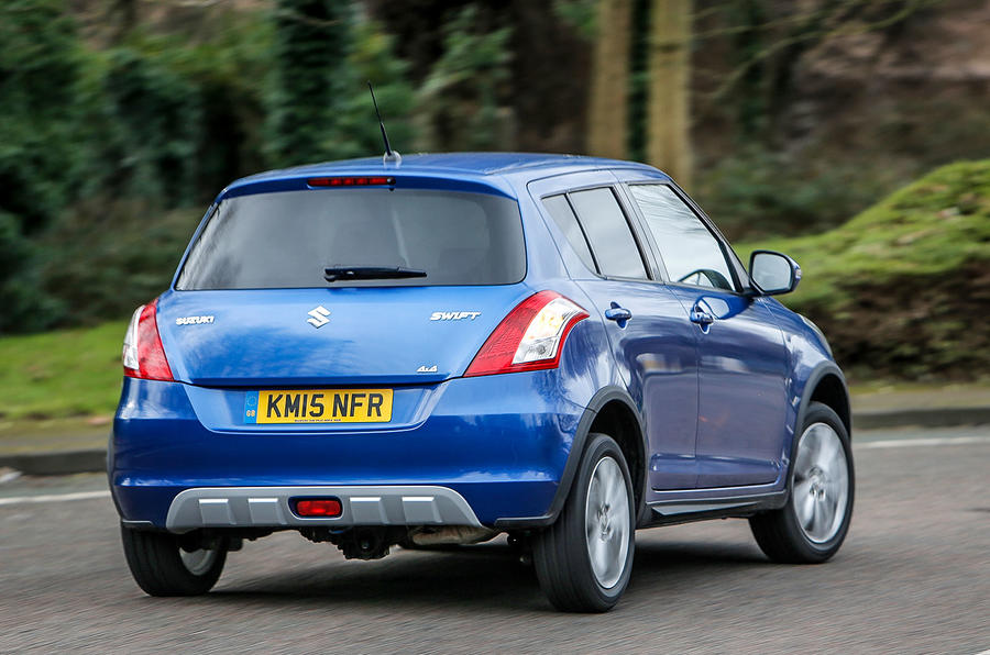 Suzuki Swift SZ4 4x4 rear cornering