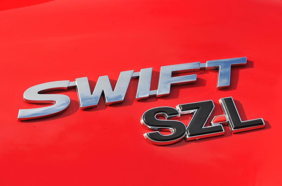 Suzuki Swift SZ-L badging
