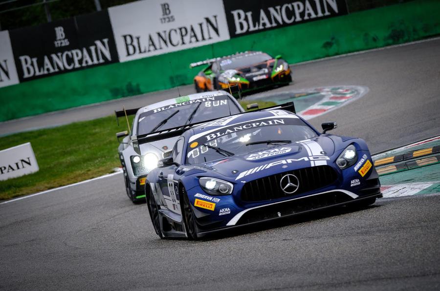 Mercedes-AMG GT R racing